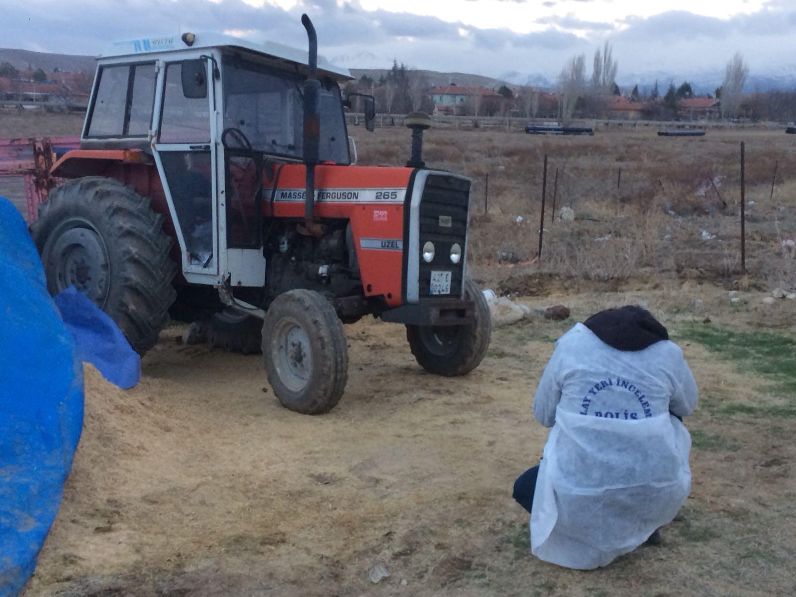 Konya'da traktörün altında kalan kişi hayatını kaybetti