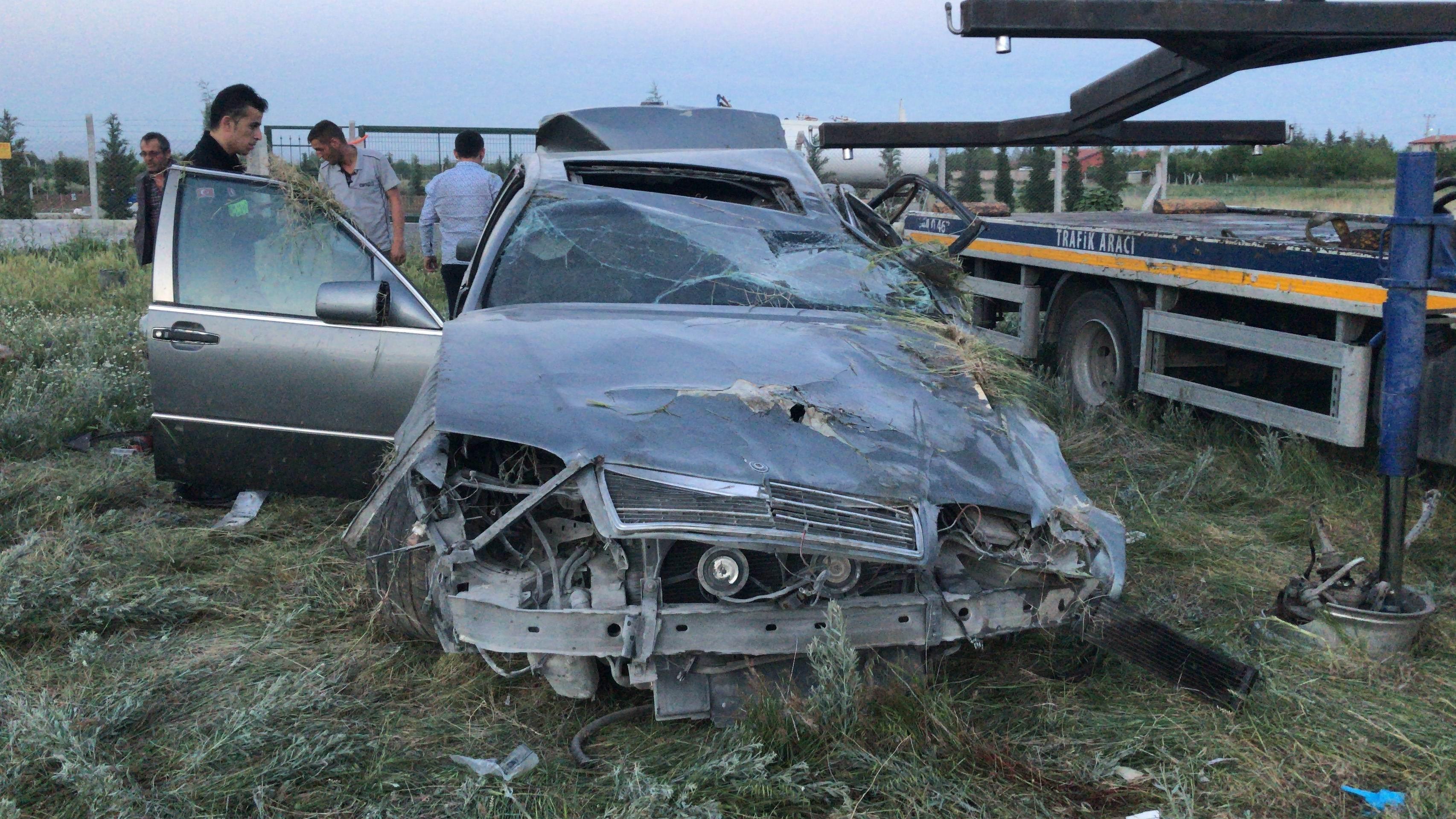 Konya'da kontrolden çıkan otomobil takla attı: 1 ölü, 1 ağır yaralı