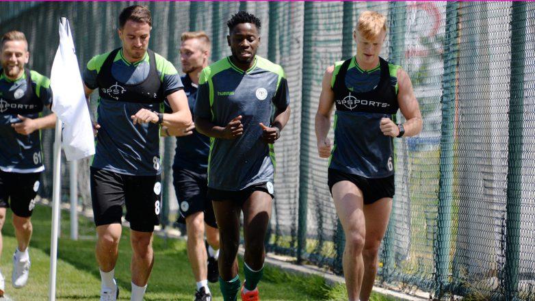 Atiker Konyaspor günü taktik antrenman ile kapattı
